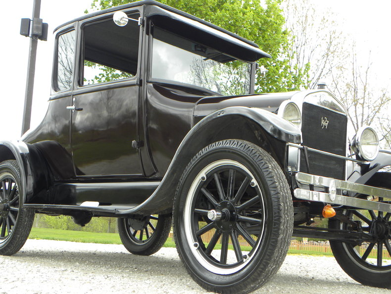 1927 Ford Model T Image 11
