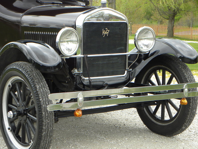 1927 Ford Model T Image 12