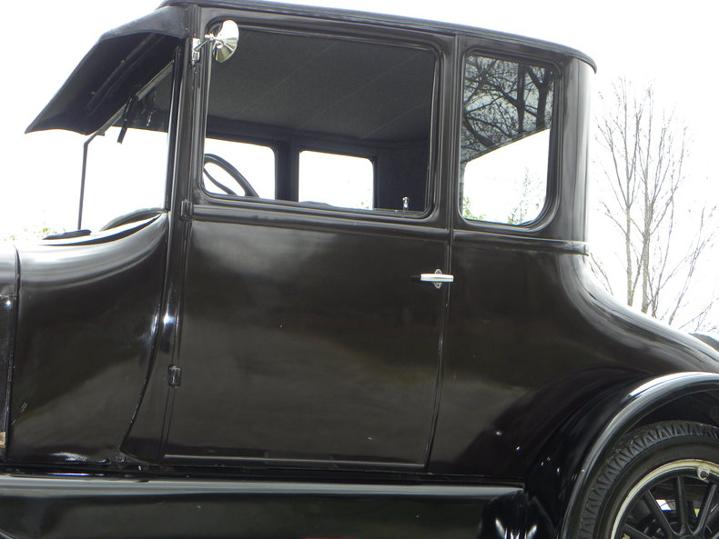 1927 Ford Model T Image 22
