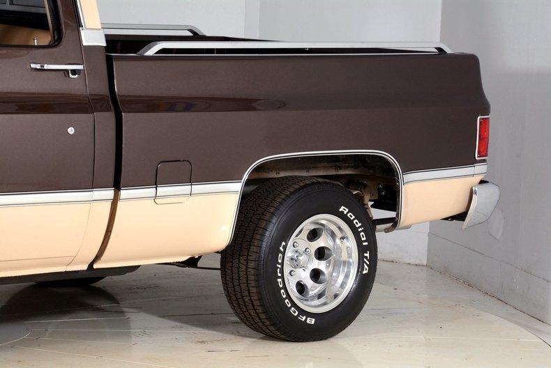1984 Chevrolet Silverado Image 19