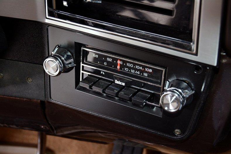 1984 Chevrolet Silverado Image 21