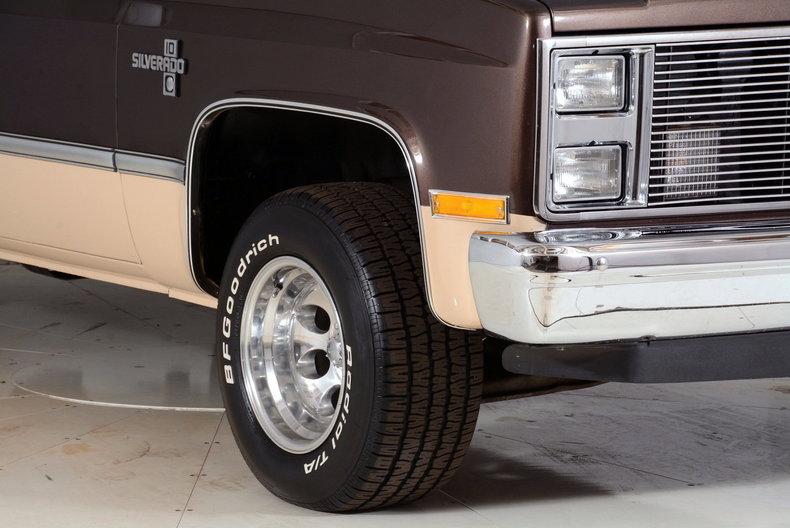 1984 Chevrolet Silverado Image 26