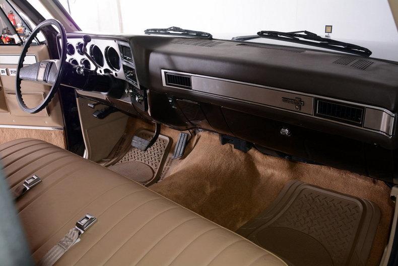 1984 Chevrolet Silverado Image 32