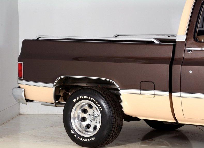 1984 Chevrolet Silverado Image 39