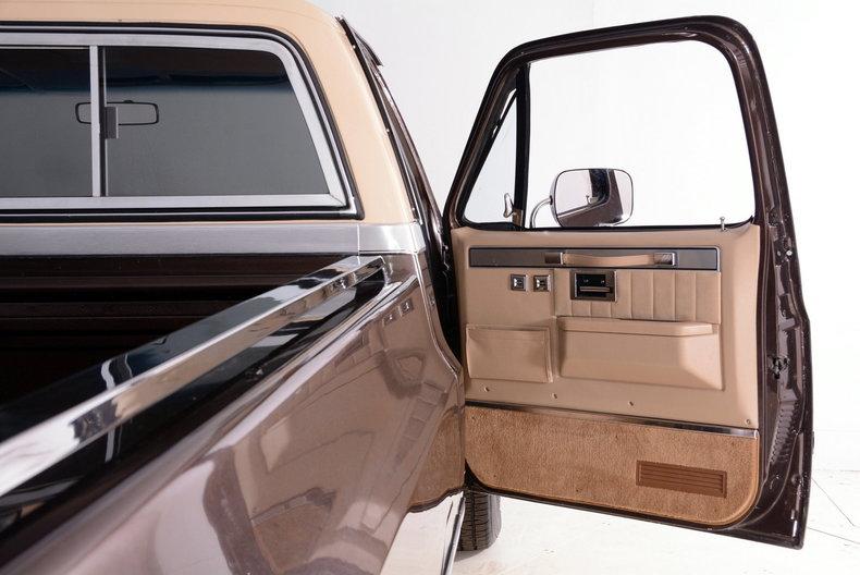 1984 Chevrolet Silverado Image 51