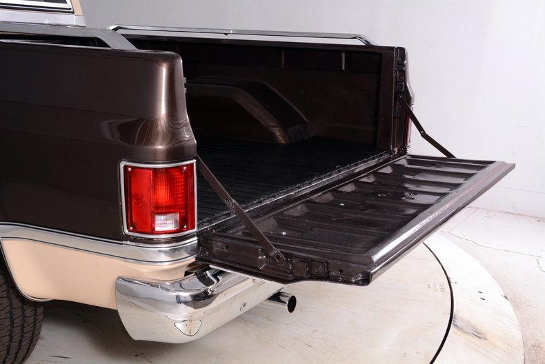 1984 Chevrolet Silverado Image 53