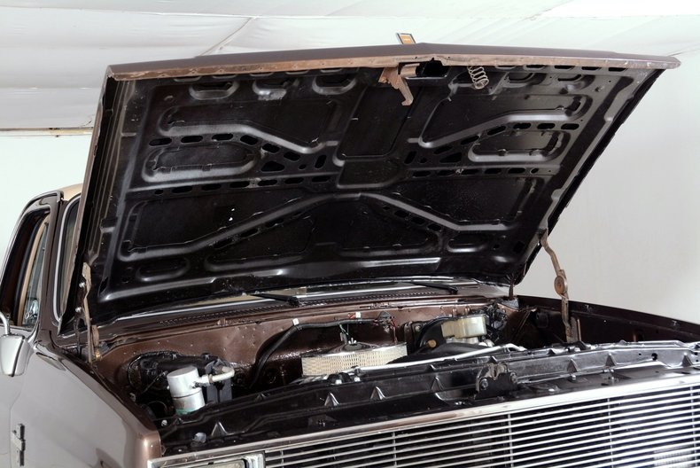 1984 Chevrolet Silverado Image 58