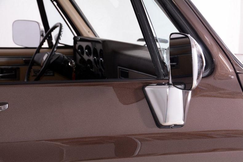 1984 Chevrolet Silverado Image 77