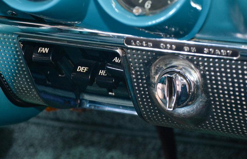 1960 Chevrolet Impala Image 13