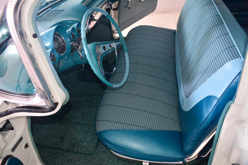 1960 Chevrolet Impala Image 6