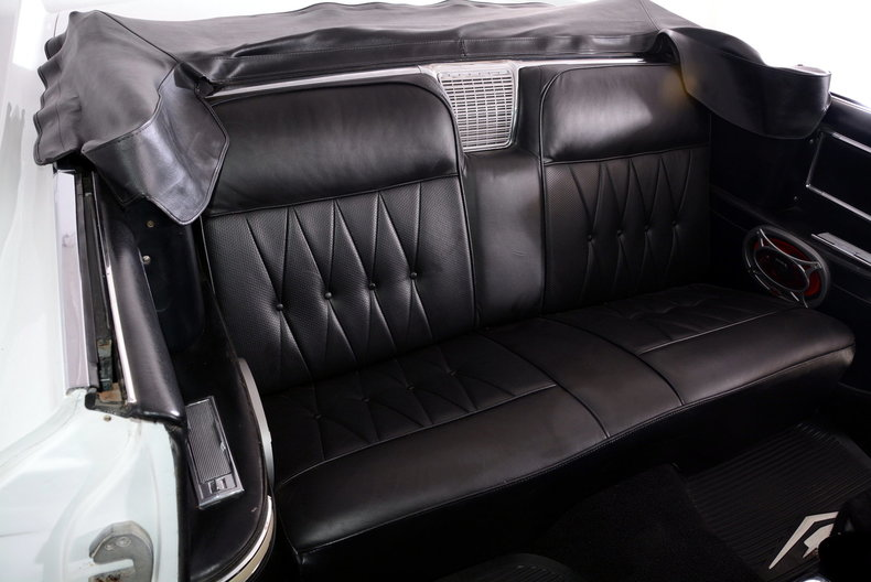 1964 Cadillac Deville Image 40