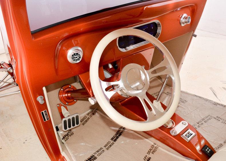 1934 Ford Custom Image 2