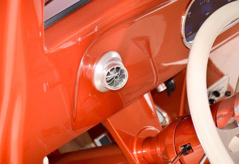 1934 Ford Custom Image 79