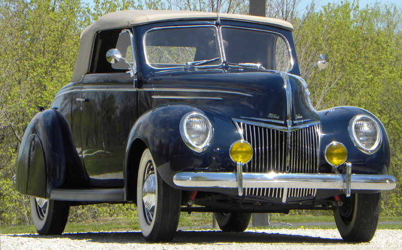 1939 Ford Deluxe Image 5