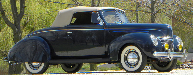 1939 Ford Deluxe Image 7