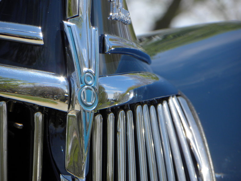 1939 Ford Deluxe Image 11