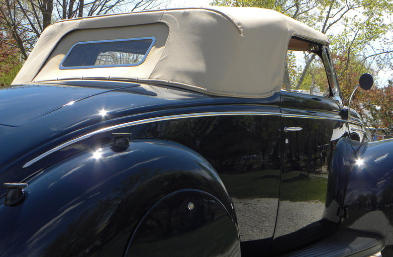 1939 Ford Deluxe Image 16