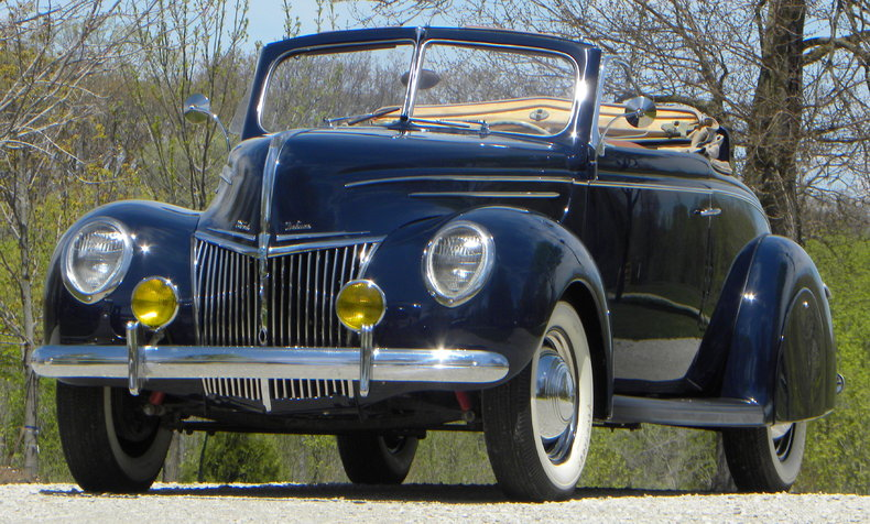 1939 Ford Deluxe Image 20