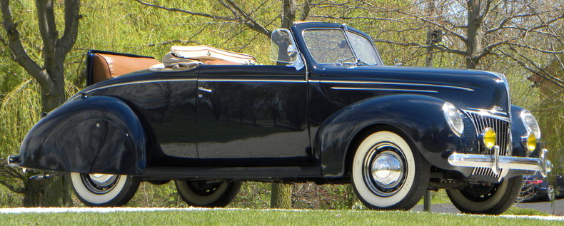 1939 Ford Deluxe Image 22