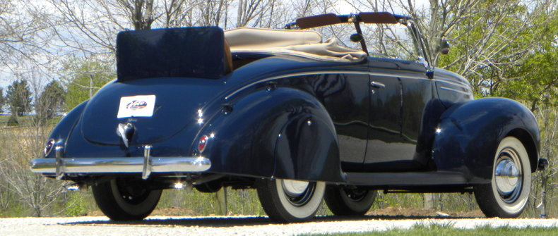 1939 Ford Deluxe Image 32