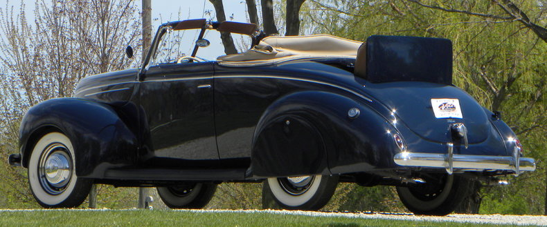 1939 Ford Deluxe Image 34