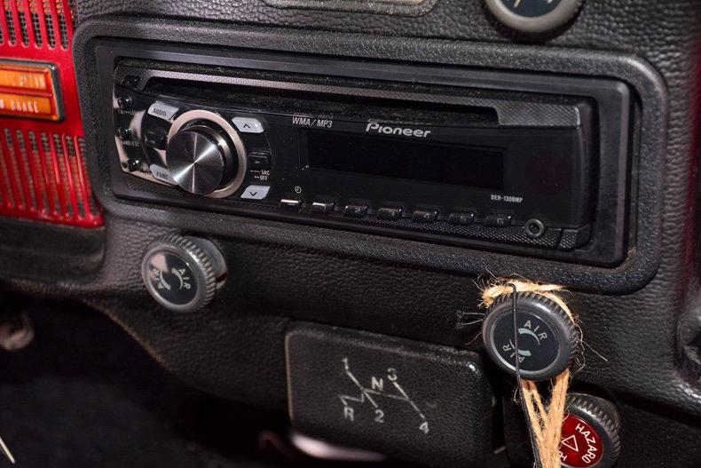 1974 Volkswagen Beetle Image 17