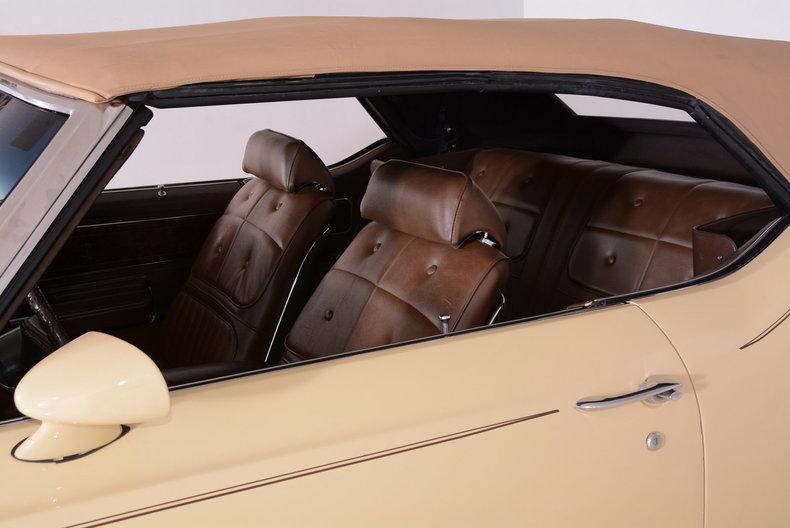 1970 Oldsmobile Cutlass Supreme Image 8