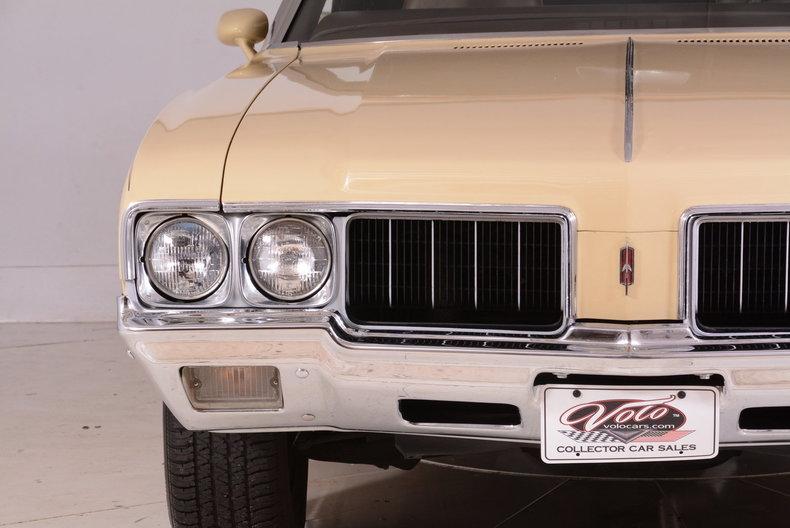 1970 Oldsmobile Cutlass Supreme Image 11