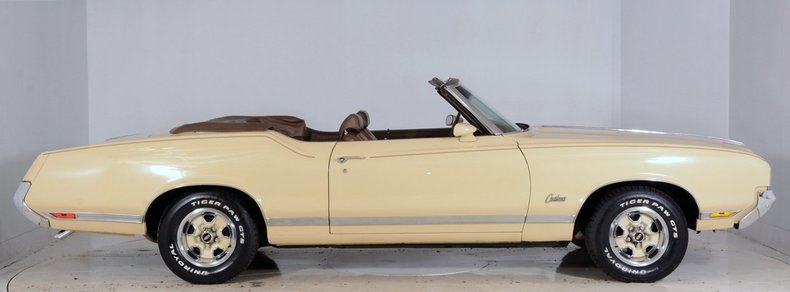 1970 Oldsmobile Cutlass Supreme Image 20