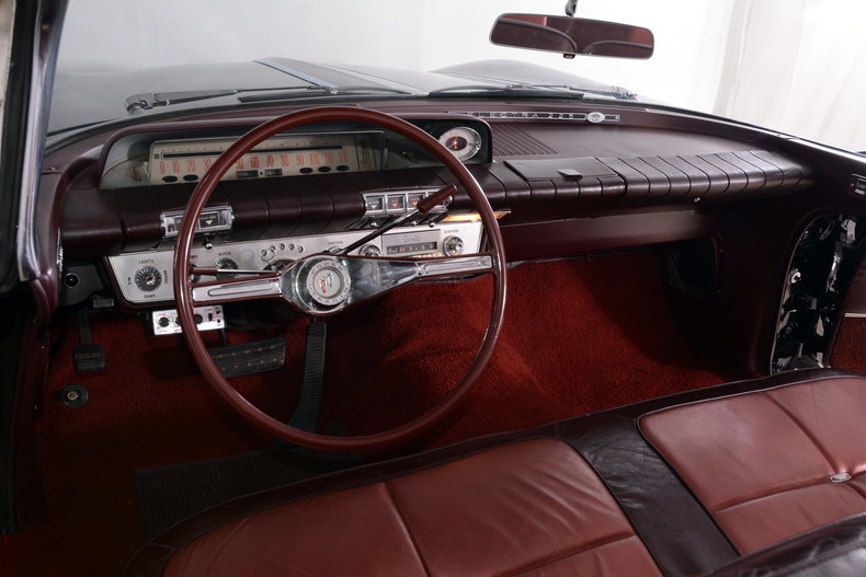 1960 Buick Electra Image 2