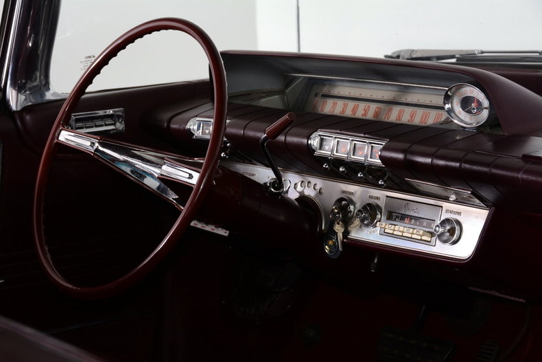 1960 Buick Electra Image 9