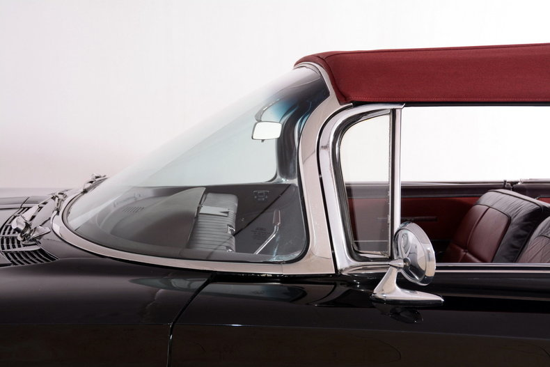 1960 Buick Electra Image 31
