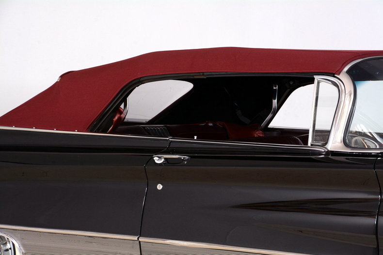 1960 Buick Electra Image 60