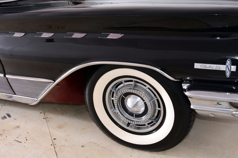 1960 Buick Electra Image 70