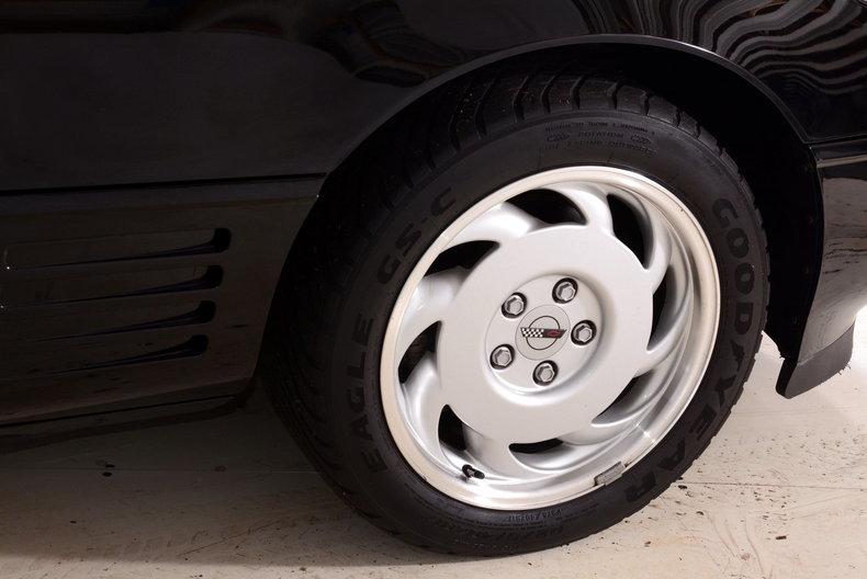 1992 Chevrolet Corvette Image 10