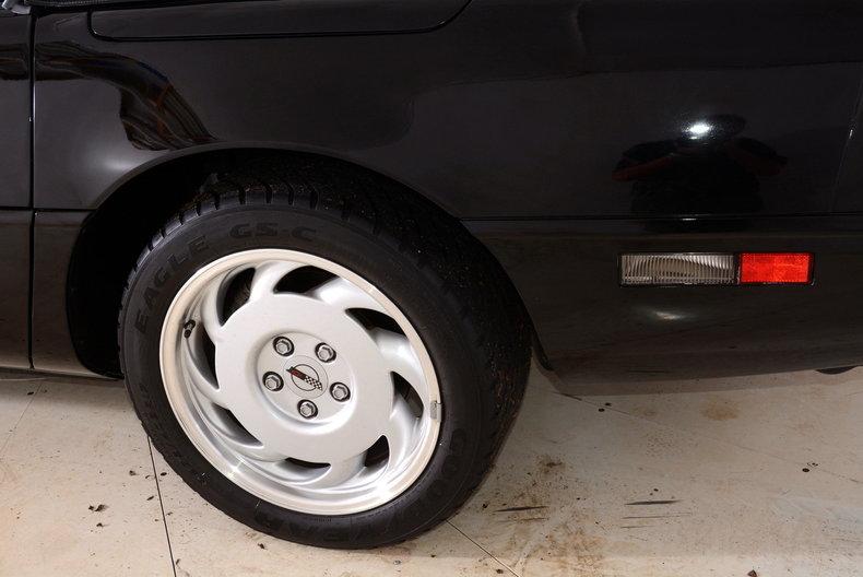 1992 Chevrolet Corvette Image 12