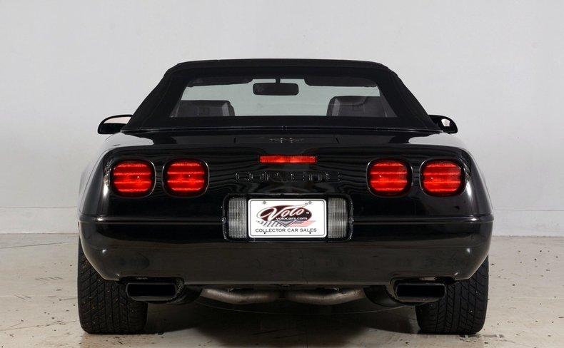 1992 Chevrolet Corvette Image 13