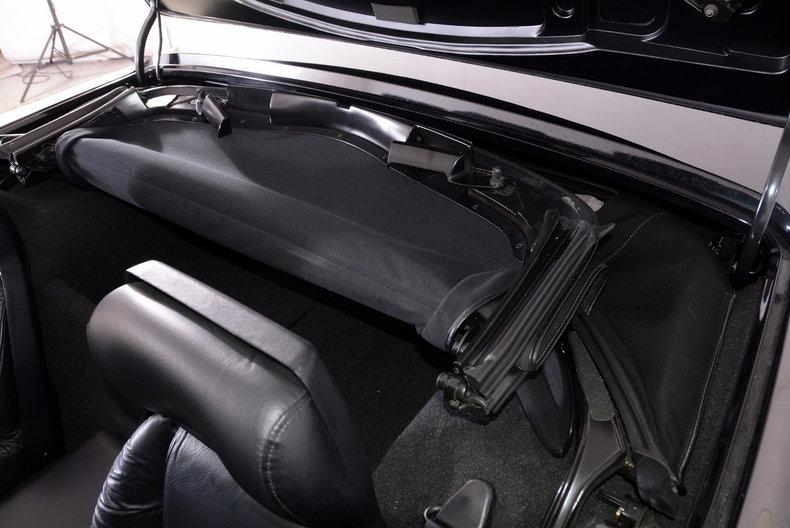 1992 Chevrolet Corvette Image 24