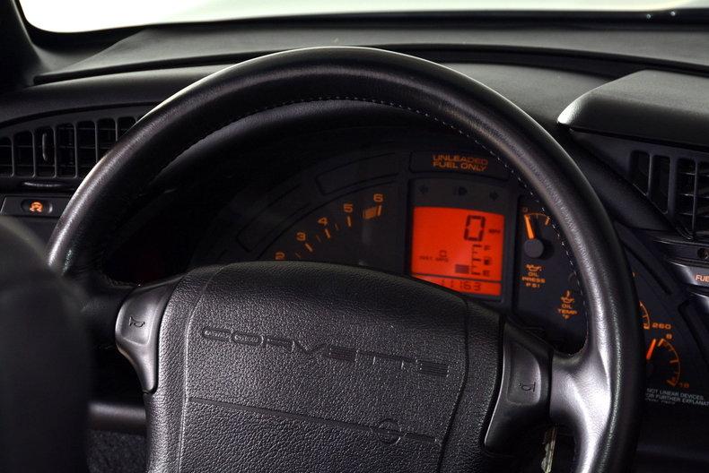 1992 Chevrolet Corvette Image 31