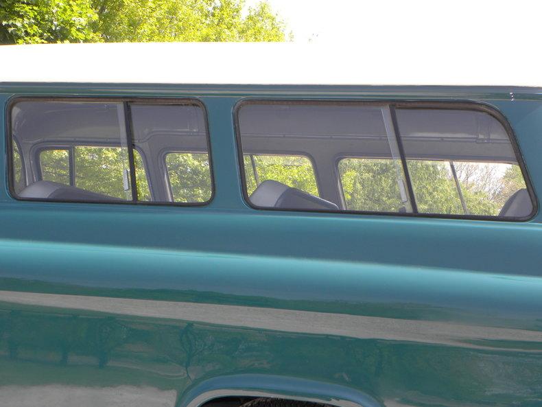 1958 Chevrolet Apache Image 32