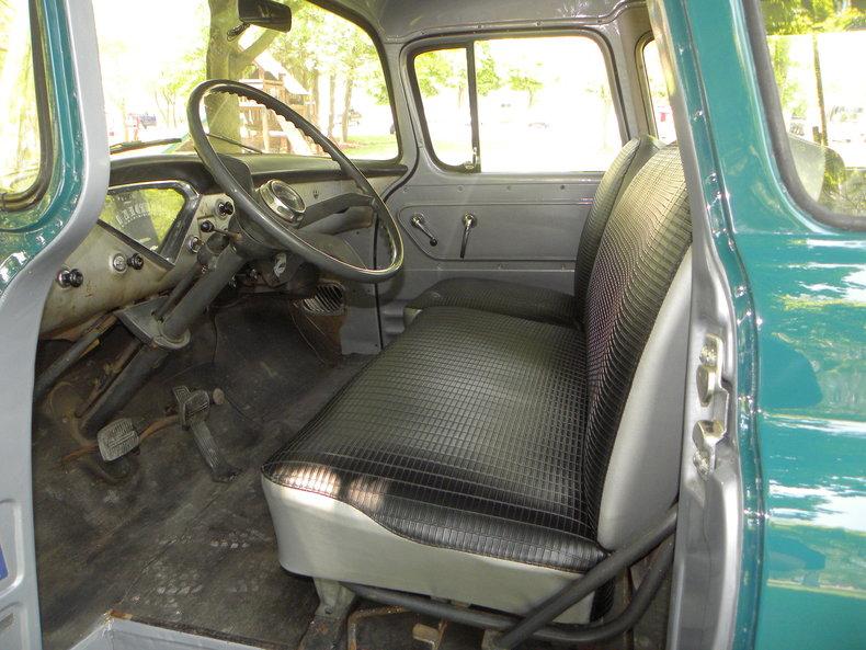 1958 Chevrolet Apache Image 34