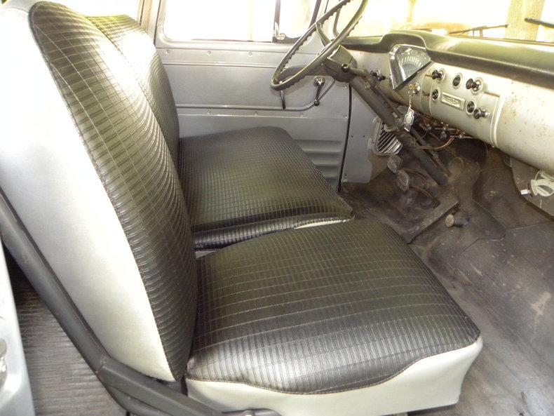 1958 Chevrolet Apache Image 43