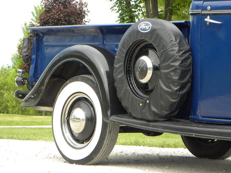 1937 Ford Model 73/77 Image 4