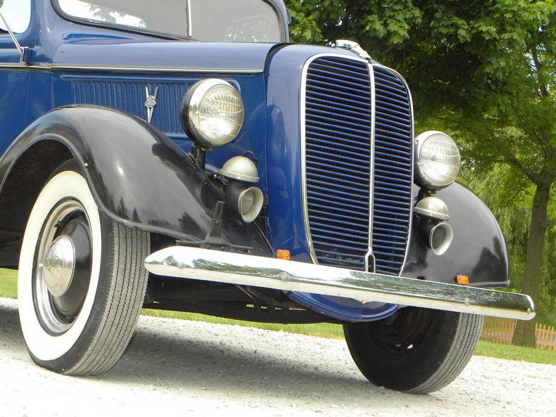 1937 Ford Model 73/77 Image 7
