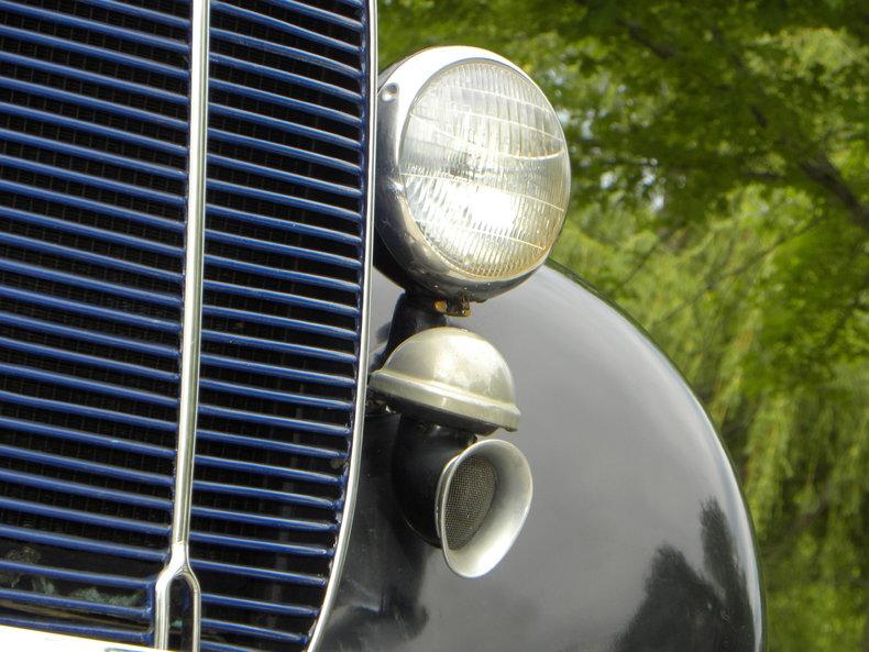1937 Ford Model 73/77 Image 8