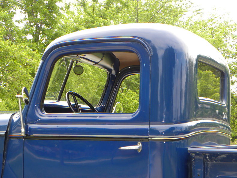 1937 Ford Model 73/77