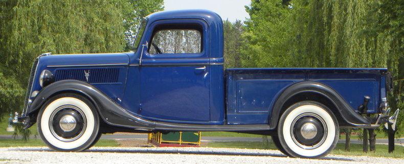 1937 Ford Model 73/77 Image 23