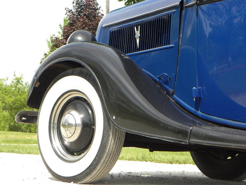 1937 Ford Model 73/77 Image 27
