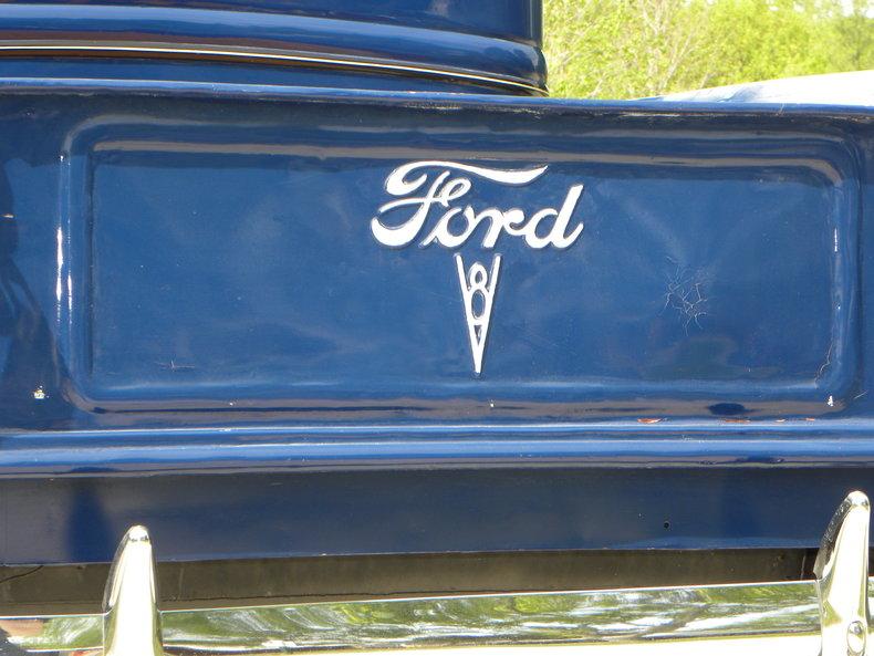 1937 Ford Model 73/77 Image 29