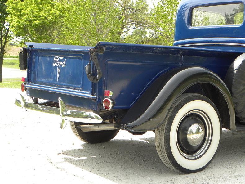 1937 Ford Model 73/77 Image 30